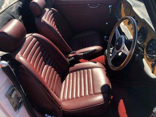 1967 Triumph TR5 2500 PI SOLD (picture 6 of 6)