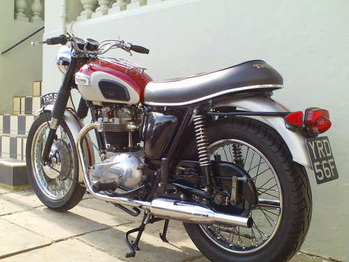 1968 TRIUMPH TROPHY TR6R SOLD (picture 4 of 6)