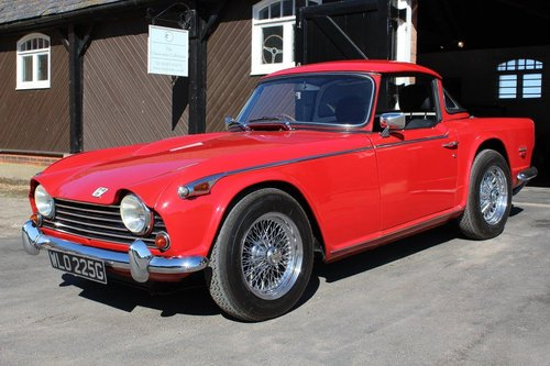 1968/G TRIUMPH TR5 PI WITH SURREY TOP  SOLD (picture 2 of 6)