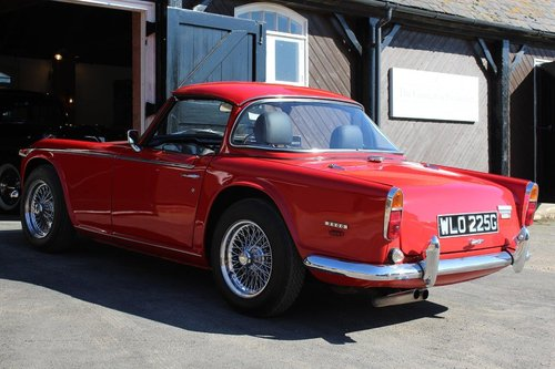 1968/G TRIUMPH TR5 PI WITH SURREY TOP  SOLD (picture 4 of 6)
