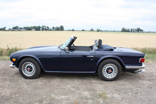 TR6 1968 EX AMERICAN CAR CONVERTED TO RHD SOLD (picture 5 of 6)