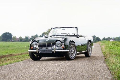 Triumph TR4 1962 SOLD (picture 1 of 6)