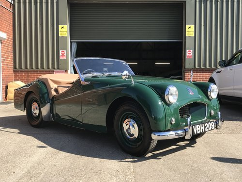 1955 Triumph TR2 WITH OVER DRIVE - SHORT DOOR For Sale (picture 1 of 6)