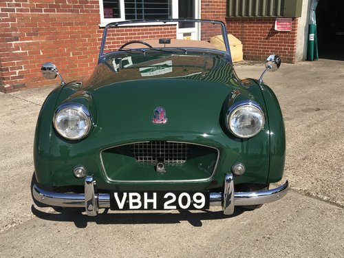 1955 Triumph TR2 WITH OVER DRIVE - SHORT DOOR For Sale (picture 2 of 6)