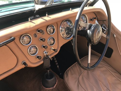 1955 Triumph TR2 WITH OVER DRIVE - SHORT DOOR For Sale (picture 3 of 6)