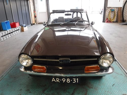 nice 1971 brown Triumph TR6 ready to use For Sale (picture 2 of 6)