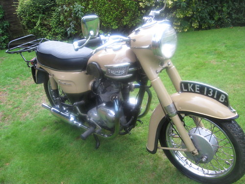 Triumph twenty one 350cc bikini model 1964 Wanted (picture 1 of 5)