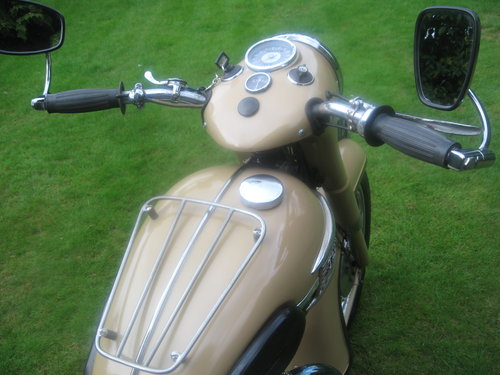 Triumph twenty one 350cc bikini model 1964 Wanted (picture 2 of 5)