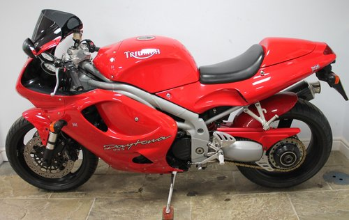 1999 T Triumph T955i Daytona 22,080 miles  Exceptional  SOLD (picture 4 of 6)