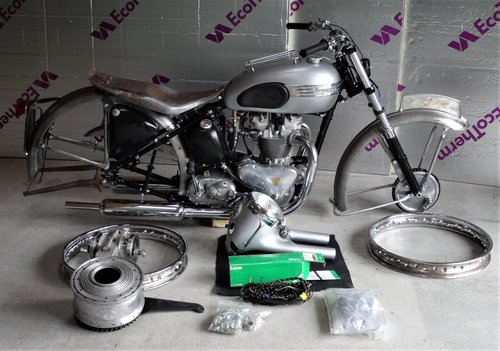 1952 Triumph T100 Sprung Hub Restoration Project SOLD (picture 1 of 6)