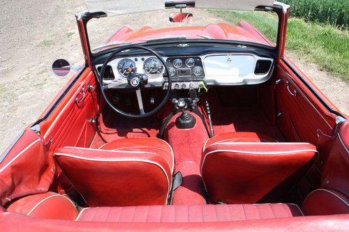 1962 LEFT HAND DRIVE TR4 FOR SALE SOLD (picture 2 of 6)