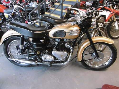 THUNDERBIRD 1958 . ONE OWNER BIKE , RESTORED  For Sale (picture 1 of 6)