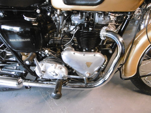 THUNDERBIRD 1958 . ONE OWNER BIKE , RESTORED  For Sale (picture 3 of 6)
