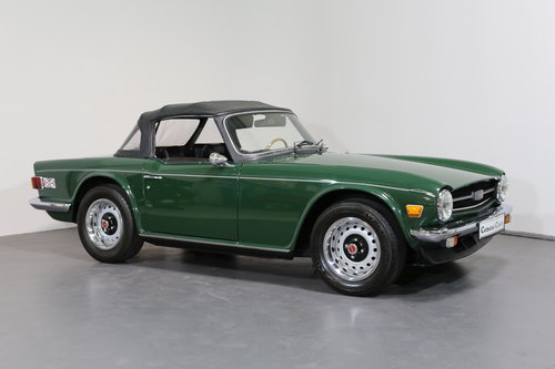 1975  A classic Triumph TR6 just bursting to be enjoyed. SOLD (picture 3 of 6)