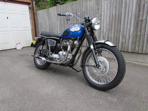 Restored 1968 Triumph TR6 American specification For Sale (picture 5 of 6)