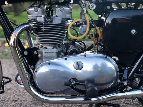 1961 Triumph Trophy TR6R 650cc Pre-Unit SOLD (picture 3 of 6)