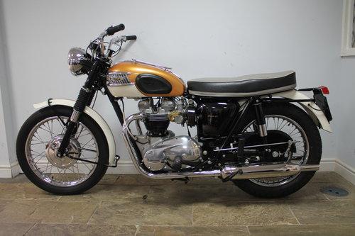1964  Triumph T120 Bonneville 650 cc Twin  SHOW SOLD (picture 4 of 6)