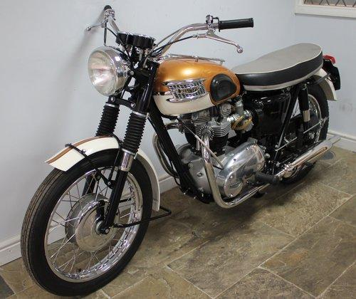 1964  Triumph T120 Bonneville 650 cc Twin  SHOW SOLD (picture 6 of 6)
