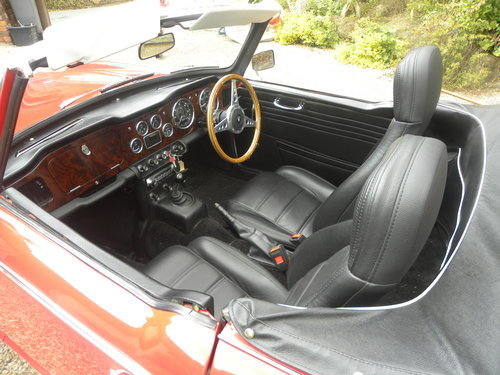 1967 TR4A IRS 16000 MILES SINCE RESTORATION For Sale (picture 4 of 6)