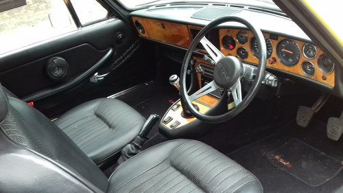 1974 TRIUMPH STAG  SOLD (picture 3 of 6)
