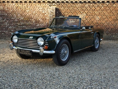 1968 Triumph TR250 matching numbers and colours, overdrive For Sale (picture 1 of 6)