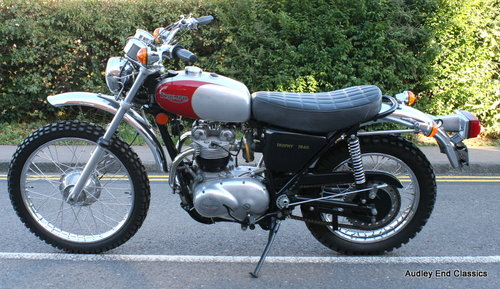 1974 Triumph trophy trail invery good condition SOLD (picture 1 of 6)