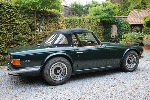 Stunning TR6 Roadster with Overdrive from 1971 For Sale (picture 2 of 6)