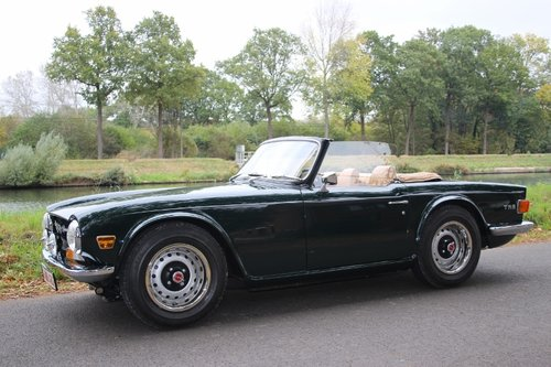 Stunning TR6 Roadster with Overdrive from 1971 For Sale (picture 6 of 6)