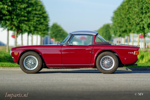 1971 Triumph TR6 PI (CP) Overdrive Surrey-Top LHD  For Sale (picture 1 of 6)
