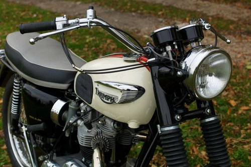 1966 T120TT Special  - Terry Macdonald restoration For Sale (picture 4 of 6)