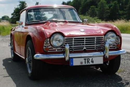1962 CONCOURS WINNER - EARLY TRIUMPH TR4 SURREY TOP SOLD (picture 4 of 6)