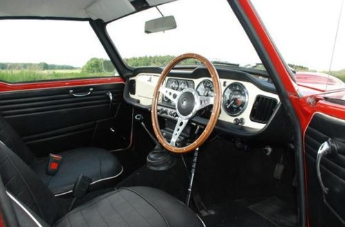 1962 CONCOURS WINNER - EARLY TRIUMPH TR4 SURREY TOP SOLD (picture 5 of 6)