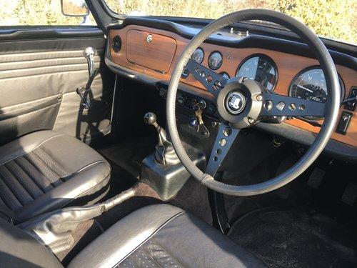 1969 Triumph TR6 PI For Sale (picture 4 of 6)
