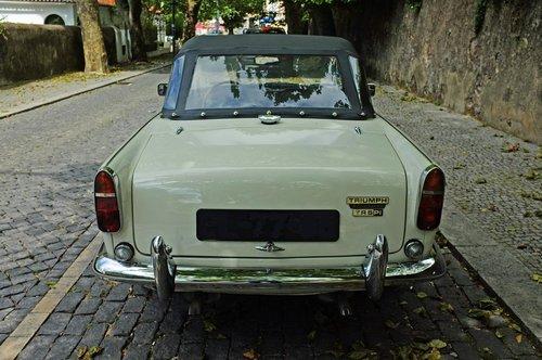 1968 Triumph TR5 PI For Sale (picture 3 of 6)