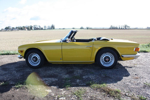 TR6 1972 RESTORED TO EXCEPTIONAL STANDARD SOLD (picture 5 of 5)