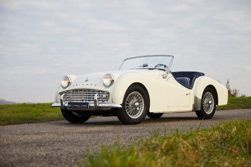 Triumph TR3A 1960 SOLD (picture 2 of 6)