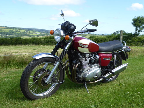 1975 Triumph Trident T160 1000cc Half Race For Sale (picture 1 of 2)