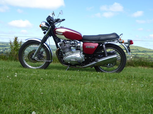1975 Triumph Trident T160 1000cc Half Race For Sale (picture 2 of 2)