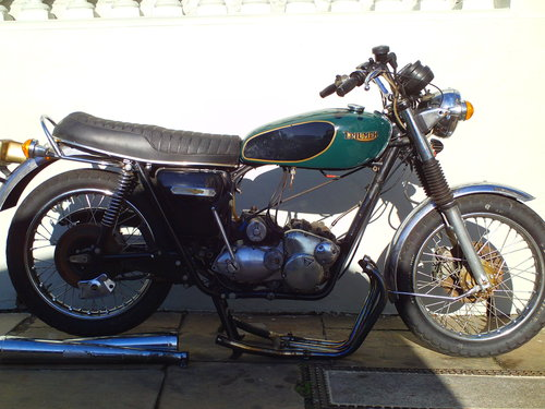 1975 TRIUMPH TRIDENT T160V PROJECT SOLD (picture 1 of 6)