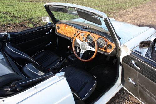 1968 TRIUMPH TR5 IN TRIUMPH WHITE WITH BLACK TRIM SOLD (picture 2 of 6)