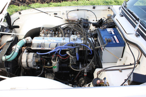 1968 TRIUMPH TR5 IN TRIUMPH WHITE WITH BLACK TRIM SOLD (picture 4 of 6)