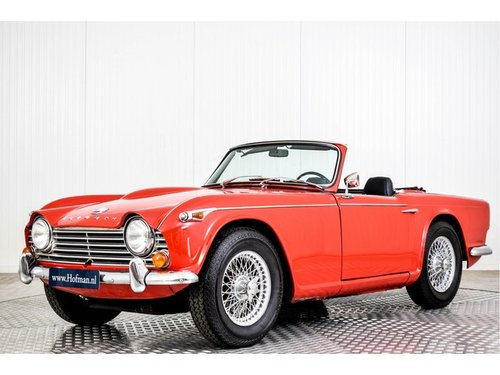 1966 Triumph TR4 TR4A IRS  For Sale (picture 1 of 6)