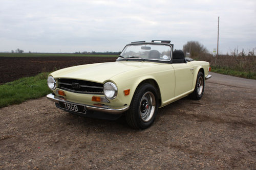 TR6 1972 ORIGINAL UK FUEL INJECTED CAR WITH OVERDRIVE SOLD (picture 2 of 6)