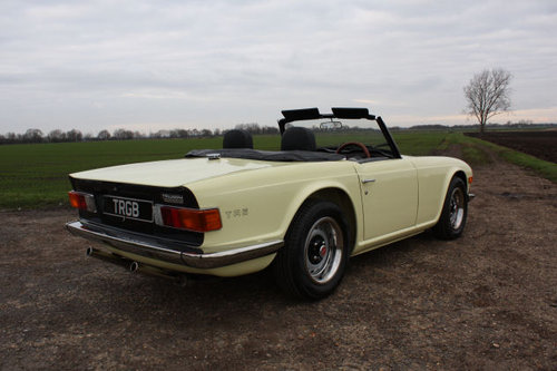 TR6 1972 ORIGINAL UK FUEL INJECTED CAR WITH OVERDRIVE SOLD (picture 3 of 6)