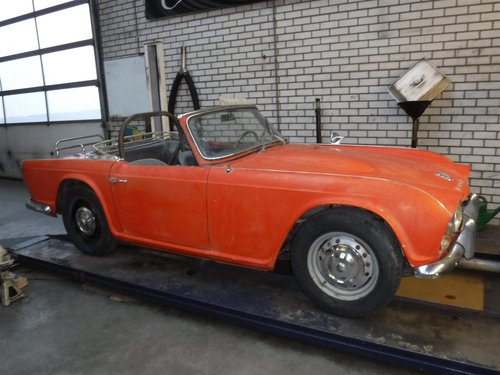 1963 Triumph TR4 CT10127L For Sale (picture 1 of 6)