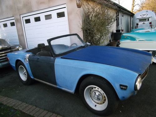 1974  TR6 Left Hand Drive, For Restoration, Engine Runs Well SOLD (picture 3 of 6)
