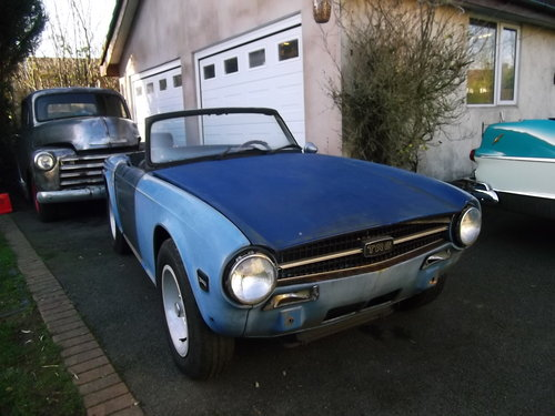 1974  TR6 Left Hand Drive, For Restoration, Engine Runs Well SOLD (picture 4 of 6)