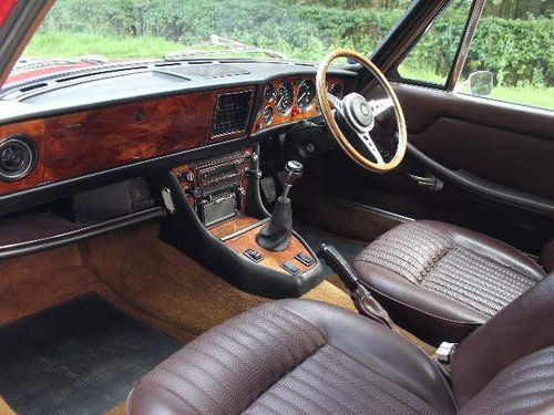 1976 Triumph Stag Manual with Overdrive - Recent Engine Rebuild SOLD (picture 5 of 6)