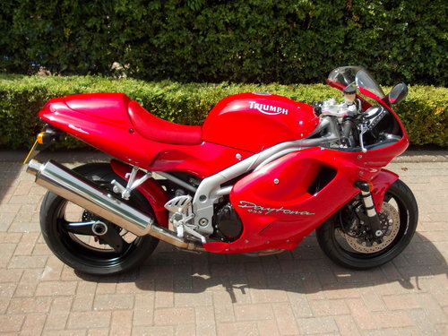 1999 TRIUMPH DAYTONA 955I.STUNNING TORNADO RED.£2975. For Sale (picture 6 of 6)