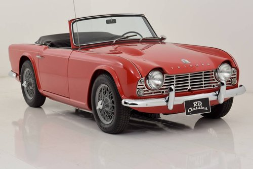 1967 Triumph TR4 Convertible For Sale (picture 1 of 6)